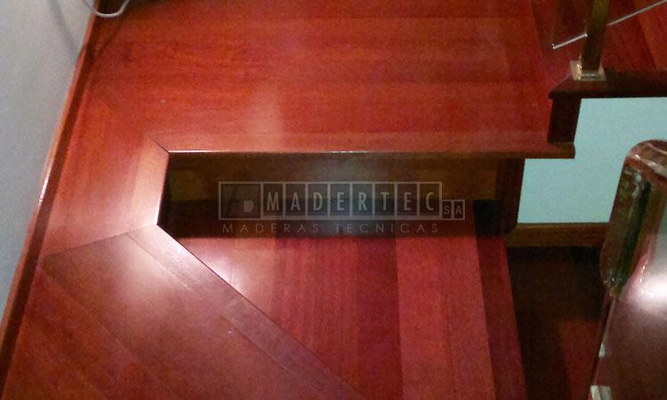 escaleras-galería-madertec-02